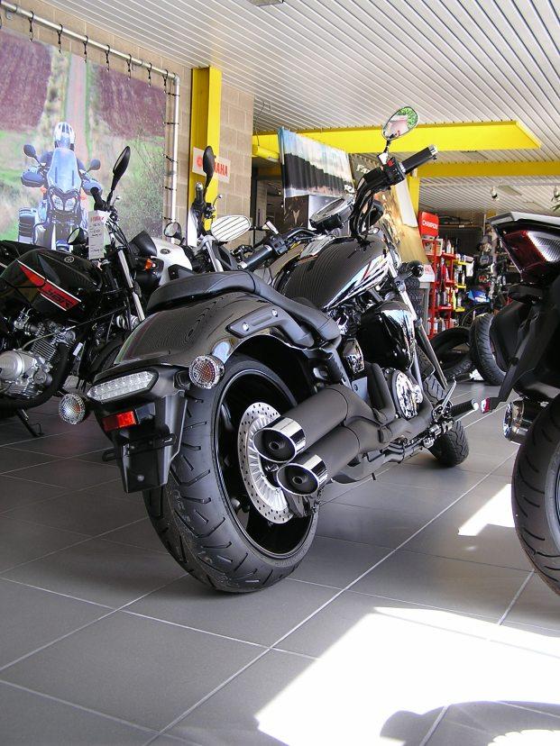 2014 XVS1300 Stryker Black